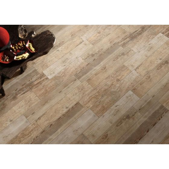 Sequoia Grip Light Oak Wood Effect Tile