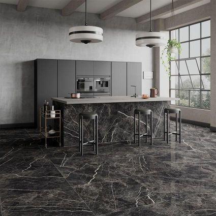 Bergamo Black Polished 900x900