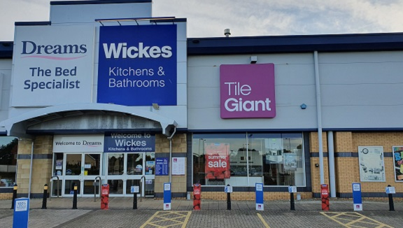 Tile Giant Southport Store